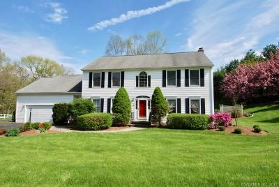 Cheshire Single Family Home For Sale: 470 Sandstone Circle