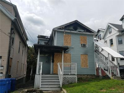 Waterbury Multi Family Home For Sale: 121 Central Avenue