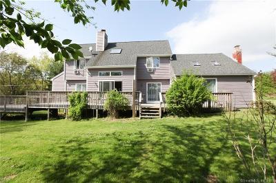 Burlington Single Family Home For Sale: 105 Davis Road