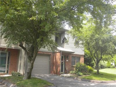 Meriden Condo/Townhouse For Sale: 158 Metacomet Drive #158