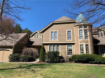 Simsbury Condo/Townhouse For Sale: 49 Brettonwood Drive #49