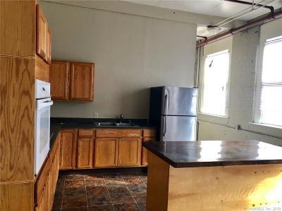 Meriden Rental For Rent: 464 Pratt Street Extension #105S