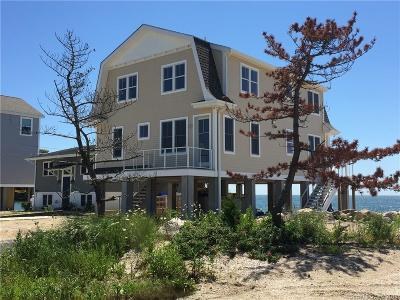 Madison Single Family Home For Sale: 45 Circle Beach Road