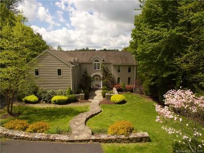 Danbury Single Family Home For Sale: 68 Chambers Road