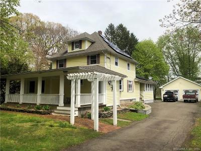 East Haven Single Family Home For Sale: 415 Strong Street