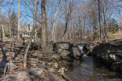 Fairfield Single Family Home For Sale: 22 Creconoof Road
