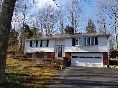 Guilford Single Family Home For Sale: 11 Woodruff Drive