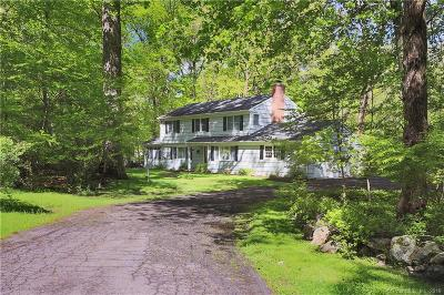 Stamford Single Family Home For Sale: 121 Dundee Road