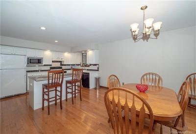 Norwalk Single Family Home For Sale: 16 Oakhill Avenue
