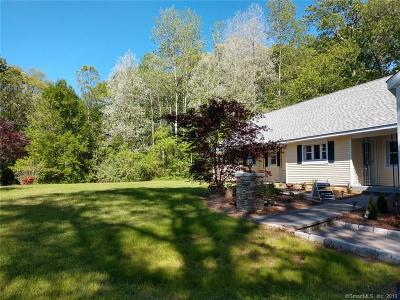 Cheshire Single Family Home For Sale: 405 Blacks Road