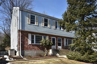 New Canaan Condo/Townhouse For Sale: 84 Parade Hill Road #84