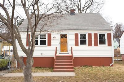Bridgeport Single Family Home For Sale: 218 Douglas Street