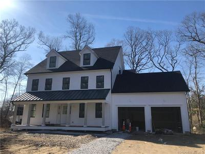 Fairfield County Single Family Home For Sale: 8 Romanock Place