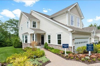 Middlebury CT Condo/Townhouse For Sale: $399,995