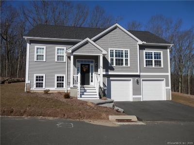 Wolcott CT Single Family Home For Sale: $284,900