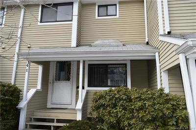 Simsbury Condo/Townhouse For Sale: 14 Wiggins Farm Drive #E