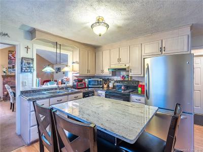 Rocky Hill Single Family Home For Sale: 22 Walnut Road