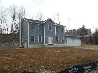 New Haven County Single Family Home For Sale: 597 Stone Hill Road
