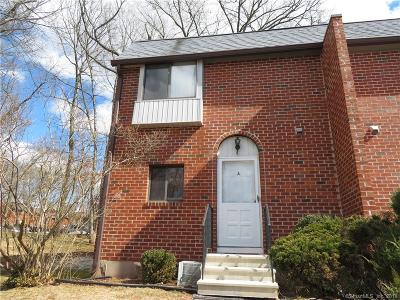 Southington Condo/Townhouse For Sale: 550 Darling Street #40A