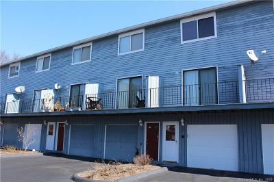 West Haven Condo/Townhouse For Sale: 269 Captain Thomas Boulevard #15