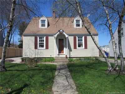 Torrington Single Family Home For Sale: 187 Lincoln Avenue
