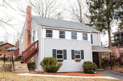 Burlington Single Family Home For Sale: 83 Westside Boulevard
