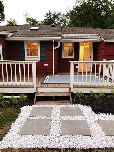 Danbury Single Family Home For Sale: 1 Elm Trail