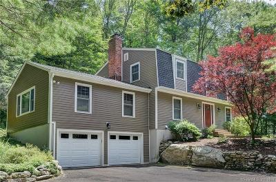 Ridgefield Single Family Home For Sale: 9 Woodcock Lane