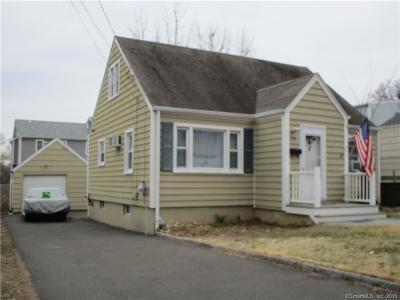 Fairfield Single Family Home For Sale: 121 Soundview Avenue