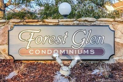 Middletown Condo/Townhouse For Sale: 15 Forest Glen Circle #12