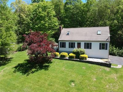 Southbury Single Family Home For Sale: 458 Luther Drive