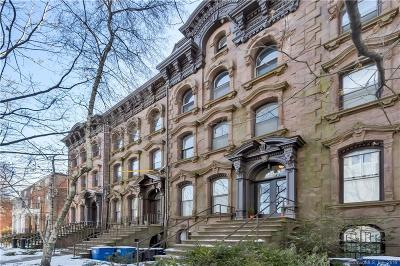New Haven Condo/Townhouse For Sale: 556 Chapel Street #2
