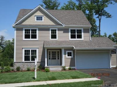 Simsbury Single Family Home For Sale: 33 Carson Way