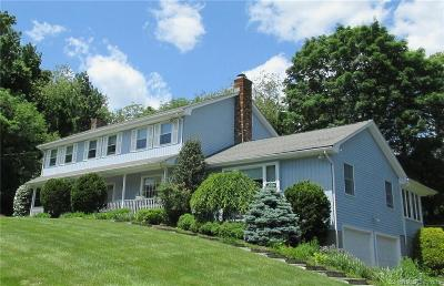 Trumbull Single Family Home For Sale: 18 Skytop Drive