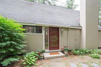 Avon Single Family Home Show: 12 Gray Pine Common #12