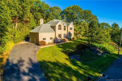 Hamden Single Family Home For Sale: 41 Country Club Drive