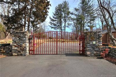 Woodbridge Single Family Home For Sale: 533 Amity Road