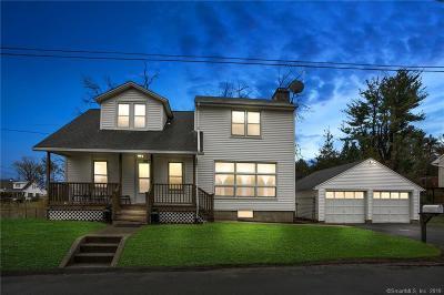 Danbury Single Family Home For Sale: 2 President Street