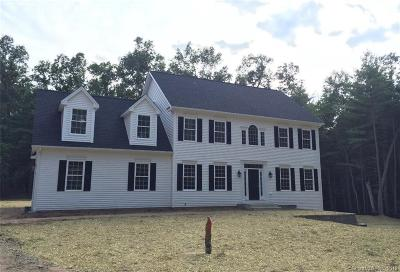 Oxford Single Family Home For Sale: 40 Cold Spring Drive