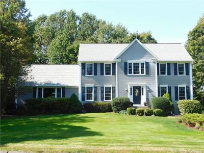 Monroe Single Family Home For Sale: 136 Lynn Drive