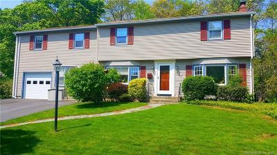 Groton Single Family Home For Sale: 37 Oakwood Road