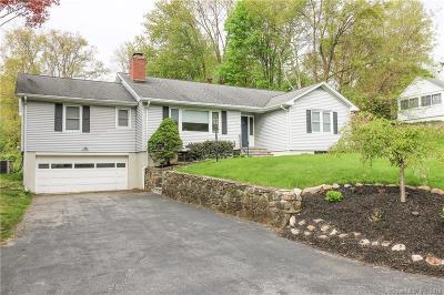 Trumbull Single Family Home For Sale: 36 Arrowhead Road