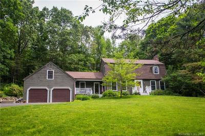 Southbury Single Family Home For Sale: 142 Munn Road