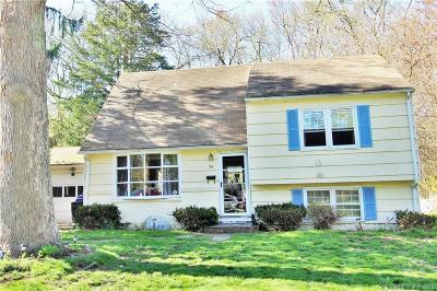 Norwalk Single Family Home For Sale: 56 Saddle Road