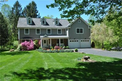 Redding Single Family Home For Sale: 20 Deer Hill Road