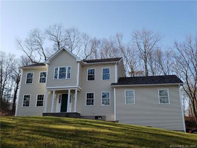 Oxford Single Family Home For Sale: 38 Oakcrest Drive