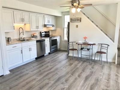 Guilford Condo/Townhouse Show: 49 River Colony #49