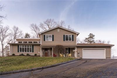 North Branford CT Single Family Home For Sale: $399,900