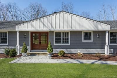 Stamford Single Family Home For Sale: 97 Davenport Ridge Lane