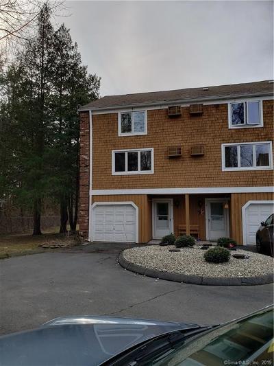Plainville Condo/Townhouse For Sale: 39 Farmington Avenue #D4